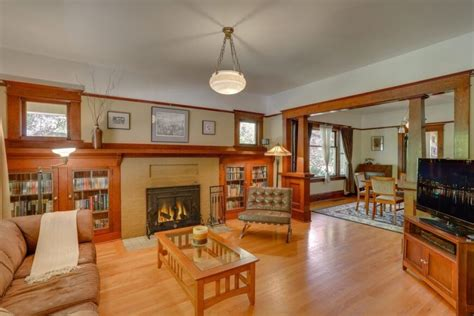 decorative craftsman style home ideas 28 great craftsman living room and family room design ideas