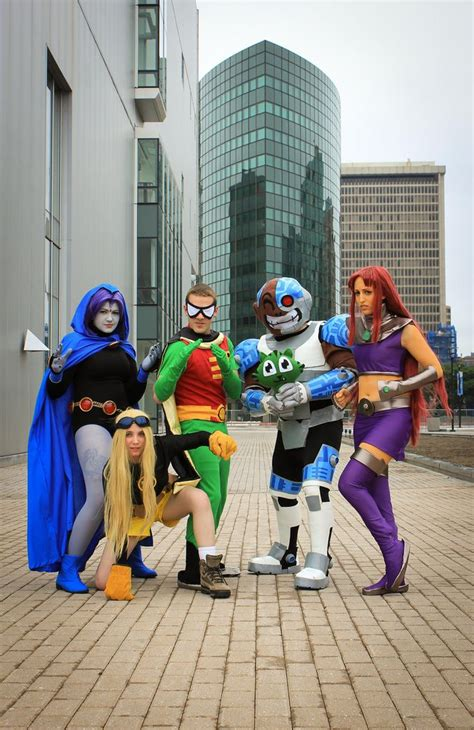 531 best images about dc comics cosplay on pinterest teen titans cosplay cosplay and batman