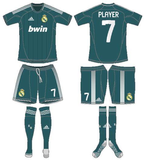 Real Madrid Alternate Uniform - Spanish La Liga (Spanish ...
