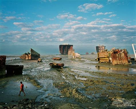 shipbreaking yards  chittagong  pictures