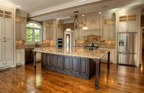 home kitchen cabinets 1000 ideas about glazing cabinets on painting 1660
