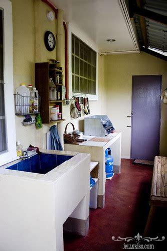 closer    dirty kitchen   philippines