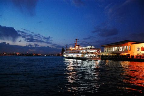 Istanbul Bosphorus Tour By Boat by What Bosphorus Cruise Tour To Take In Istanbul The