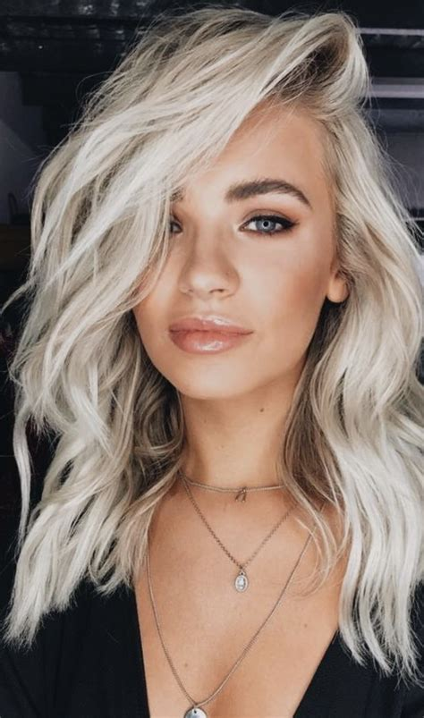 With Blond Hair how to get the platinum of your dreams in 2019