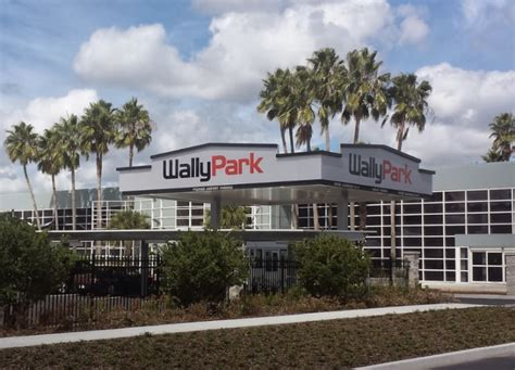 Wally Park by Wallypark Airport Parking Mco Orlando Reservations Reviews