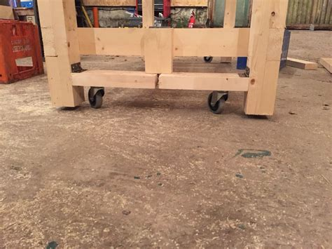 workbench wheels    position furniture wood