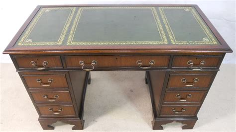 antique leather top desk antique georgian style mahogany leather top writing desk