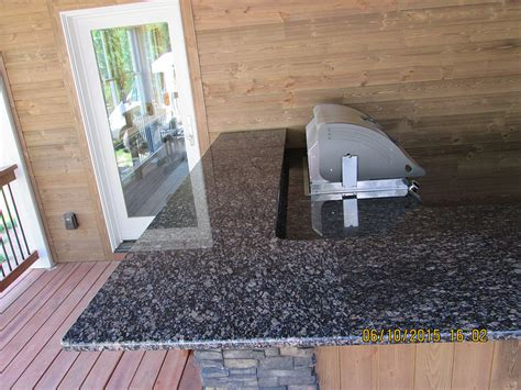 granite outdoor kitchen countertop   radius topbottom edge crafted countertops