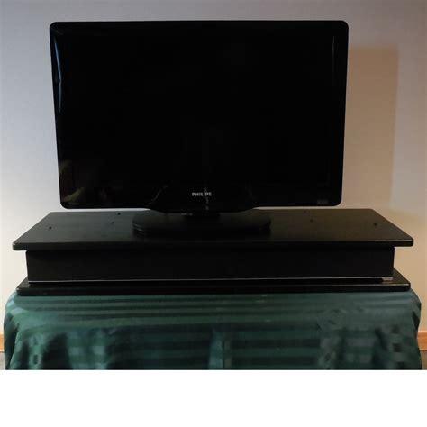 Flat Screen Oak TV Riser for Sound Bar / Black Claw   The