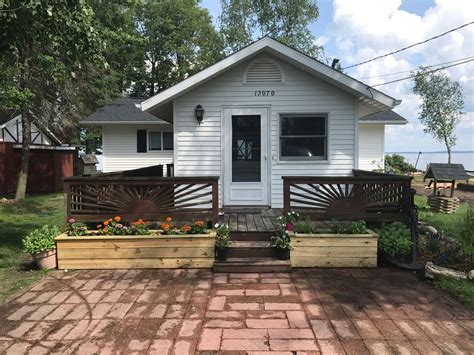 Water Front Cottage Golden Coast Of Houghton Lake Mi
