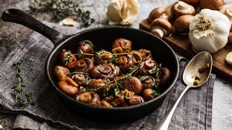 champignon pfanne mit knoblauch