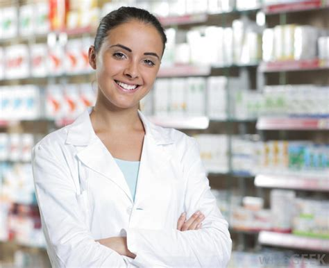 A Pharmacist by What Does A Sales Representative Do With Pictures