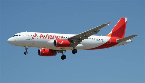New Livery Avianca Airlines A320 (N685TA) LAX Approach   Flickr