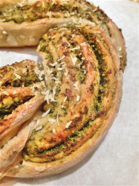 cuisine des blettes torsadé au pesto de fanes de carottes green cuisine
