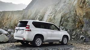 Toyota Land Cruiser 2014 Wallpapers HD