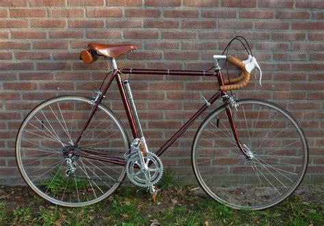 Best 25+ Vintage Bike Decor Ideas On Pinterest
