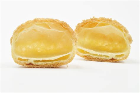 p 226 te 224 choux with streusel pastry chef author eddy