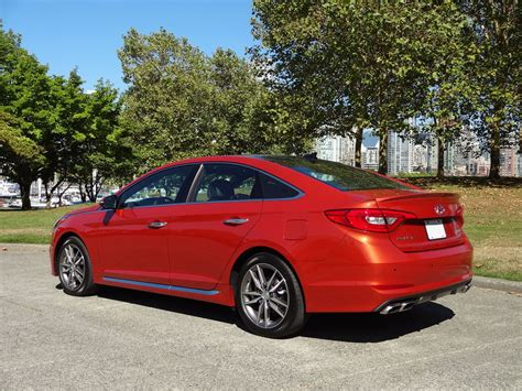 Hyundai Sonata Cost by 2015 Hyundai Sonata Ultimate 2 0t Road Test Review