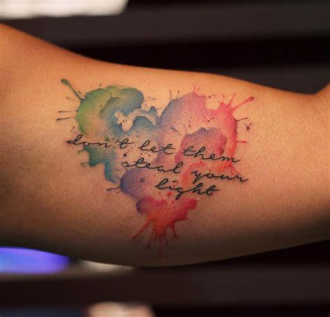 tatuaggi cuore e lettere 1001 idee per tatuaggi femminili disegni da copiare