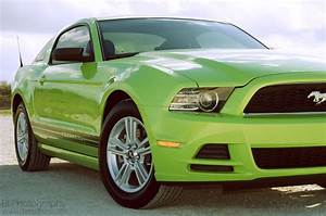 Mustang...I'm in love! | Lime Greeen stuff :) | Mustang, Ford mustang v6, Green mustang