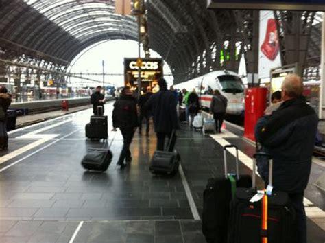 523 kommentare seite 1 von 22 kommentieren. Deutsche Bahn Lokführer-Streik Tag 1: Bilder vom ...