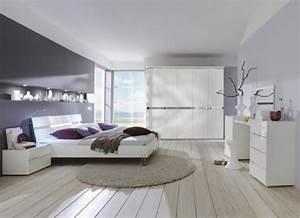 Schlafzimmer Komplett Weiß Hochglanz : wow komplett schlafzimmer hochglanz wei kleiderschrank futonbett schminktisch ebay ~ Indierocktalk.com Haus und Dekorationen