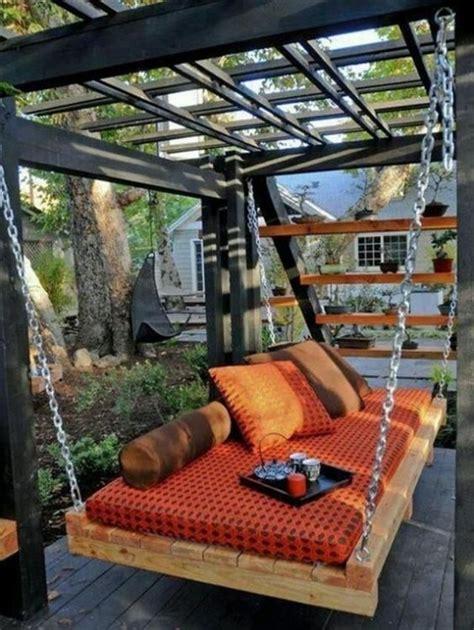 siege suspendu jardin un siège suspendu au jardin floriane lemarié