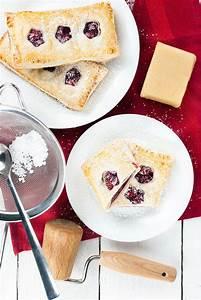 Cupcakes Mit Füllung : bl tterteig taschen mit kirsch marzipan f llung kaffee cupcakes ~ Eleganceandgraceweddings.com Haus und Dekorationen