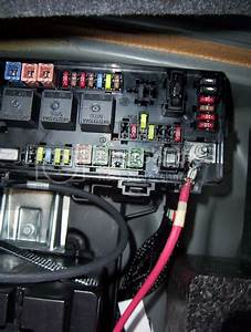 2008 Dodge Charger Fuse Box Under Hood