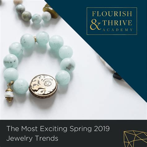 foto de The Most Exciting Spring 2019 Jewelry Trends Flourish