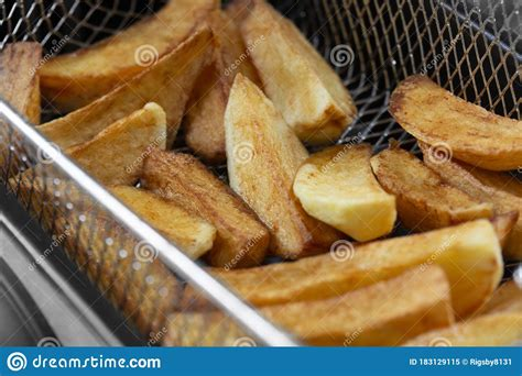 chips cooking oil vegetable deep unhealthy appliance fryer fat fast concept greasy cooked