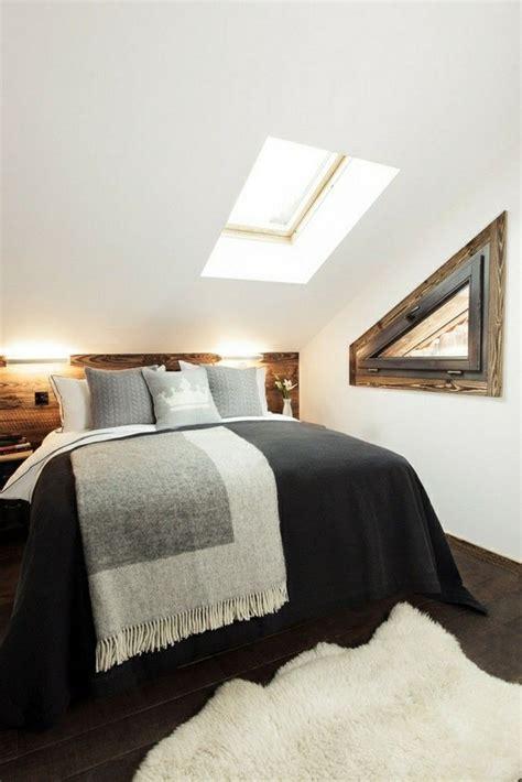 Schlafzimmer Mit Schräge by Ideen F 252 R Schlafzimmer Mit Dachschr 228 Ge