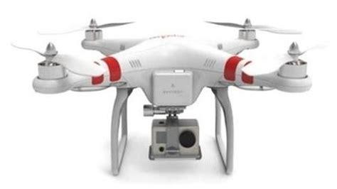 toys quadcopter crashes  busy manhattan street