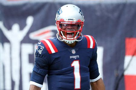 Cam Newton runs for first touchdown as New England Patriot ...