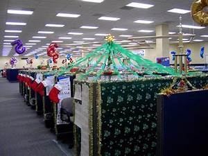 Holiday s at Work Decorations Abound Part 1