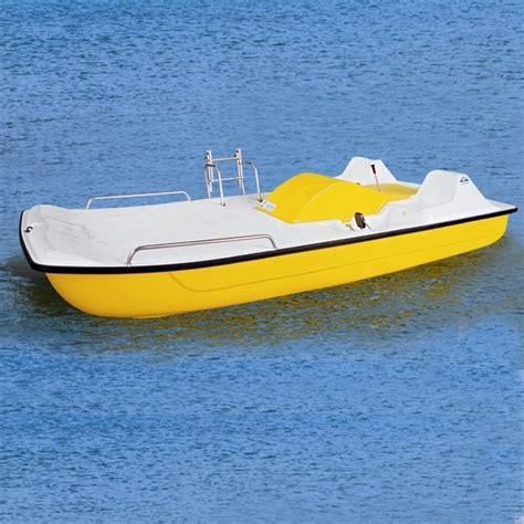 solarium pedal boat sun deck anchor  ladder