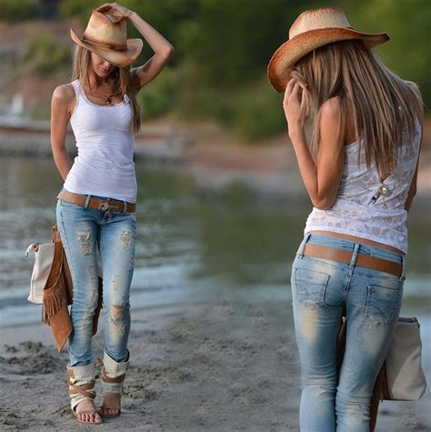 Country Girl,but So Sexy! *not Diggin The Shoes, Other