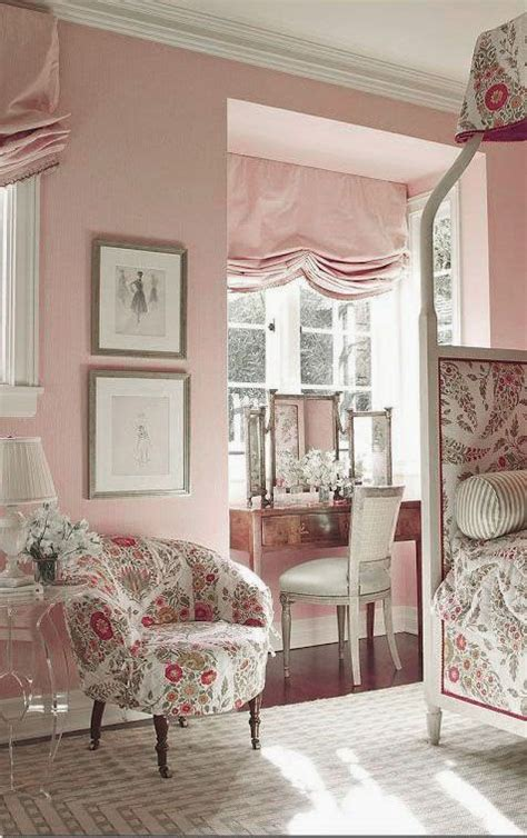 Pink Walls Bedroom by Eye For Design Decorating Grown Up Pink Bedrooms