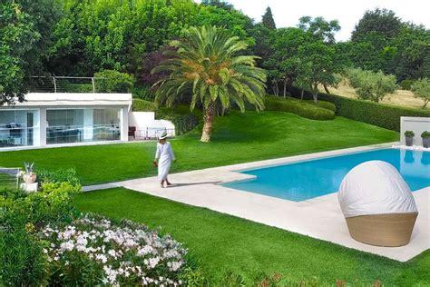 giardino con piscina foto veranda piscina moderna giardino pellegrini civitanova3