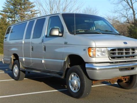 buy   ford  quigley  xlt ext club wagon
