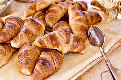 frische butter croissants rezept kochrezepteat