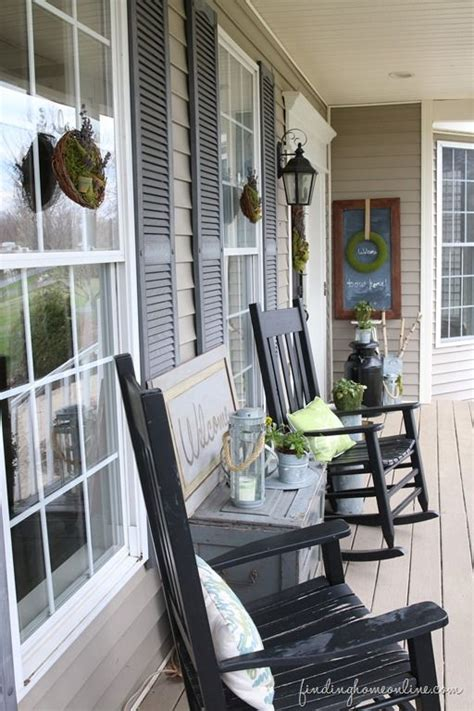 Small Porch Chairs by Summer Front Porch Decorating Crafty 2 The Diy