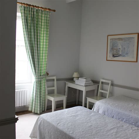 chambre verte chambre verte les mouettes suliac chambres d hôtes