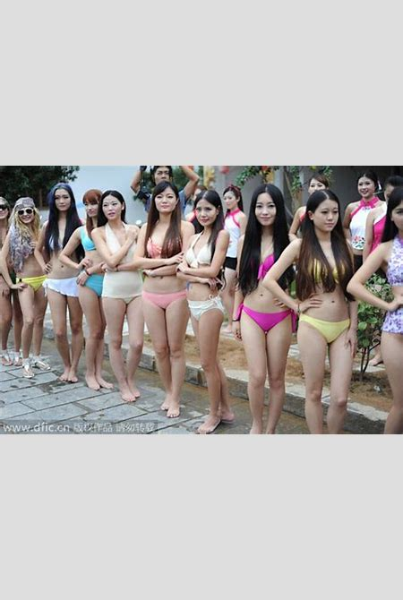 Bikini mud-wrestling boosts travel to scenic Central China[1]|chinadaily.com.cn