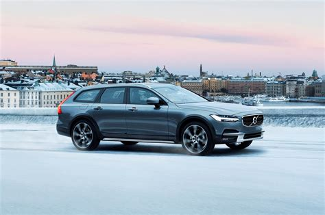2017 Volvo V90 Cross Country T6 Awd First Drive Review