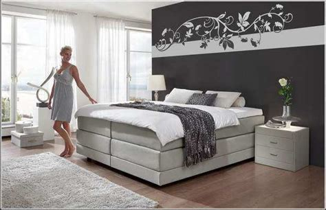 Wände Gestalten Schlafzimmer by Schlafzimmer Dachschr 228 Ge Farblich Gestalten
