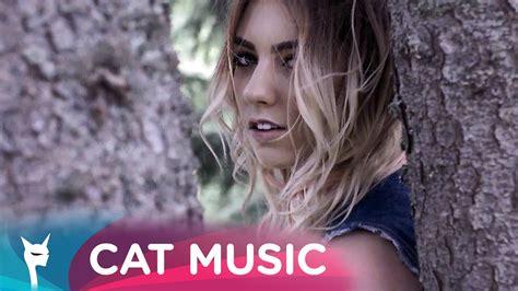 Cu Un Picior In Rai (official Video) By Famous