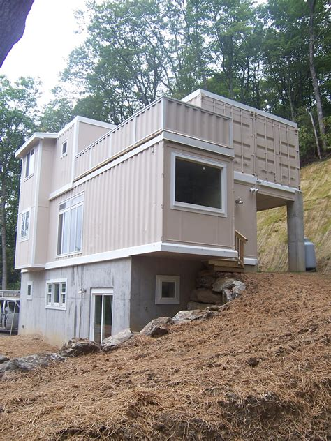 cargo container homes shipping container homes high country green boxes dwellbox boone north carolina 5