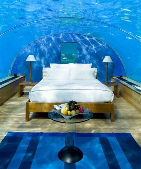 underwater hotels suites