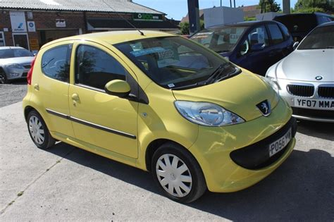 Peugeot 107 Mpg by Peugeot 107 Superb Car 61 Mpg Cheap Tax